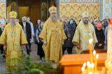В Неделю 30-ю по Пятидесятнице Преосвященный епископ Серапион служил Литургию в Софийском соборе Иверско-Серафимовского женского монастыря города Алма-Аты