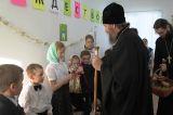 Преосвященный епископ Серапион посетил детский праздник воскресной школы при Свято-Никольском храме с. Максимовка 9.01.2019
