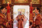 В день Радоницы Преосвященный епископ Серапион совершил Литургию в Михаило-Архангельском кафедральном соборе Кокшетау 7.05.2019