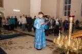 В праздник Покрова Богородицы Преосвященный епископ Серапион совершил Литургию в храме сщмч. Елевферия г. Степногорска 14.10.2018